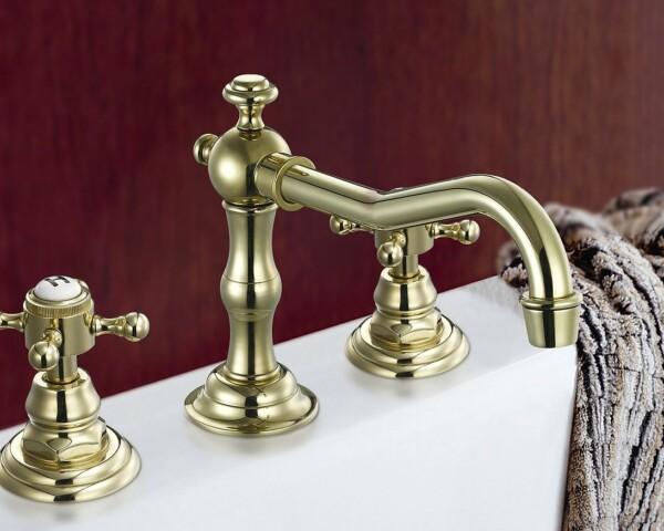 Złota bateria, czyli kuchnia i łazienka na bogato – jak zaaranżować